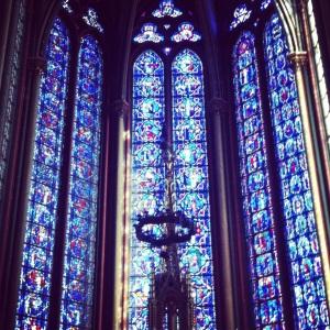 Point précieux du patrimoine amiénois : les vitraux de la cathédrale