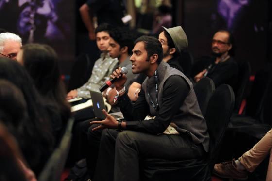 Interaction avec le public pendant la conférence d'XChange ayant pour thème -Un monde d'arts pluridisciplnaires. Crédits : Earthsync