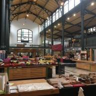 Un marché couvert au coeur du quartier juif